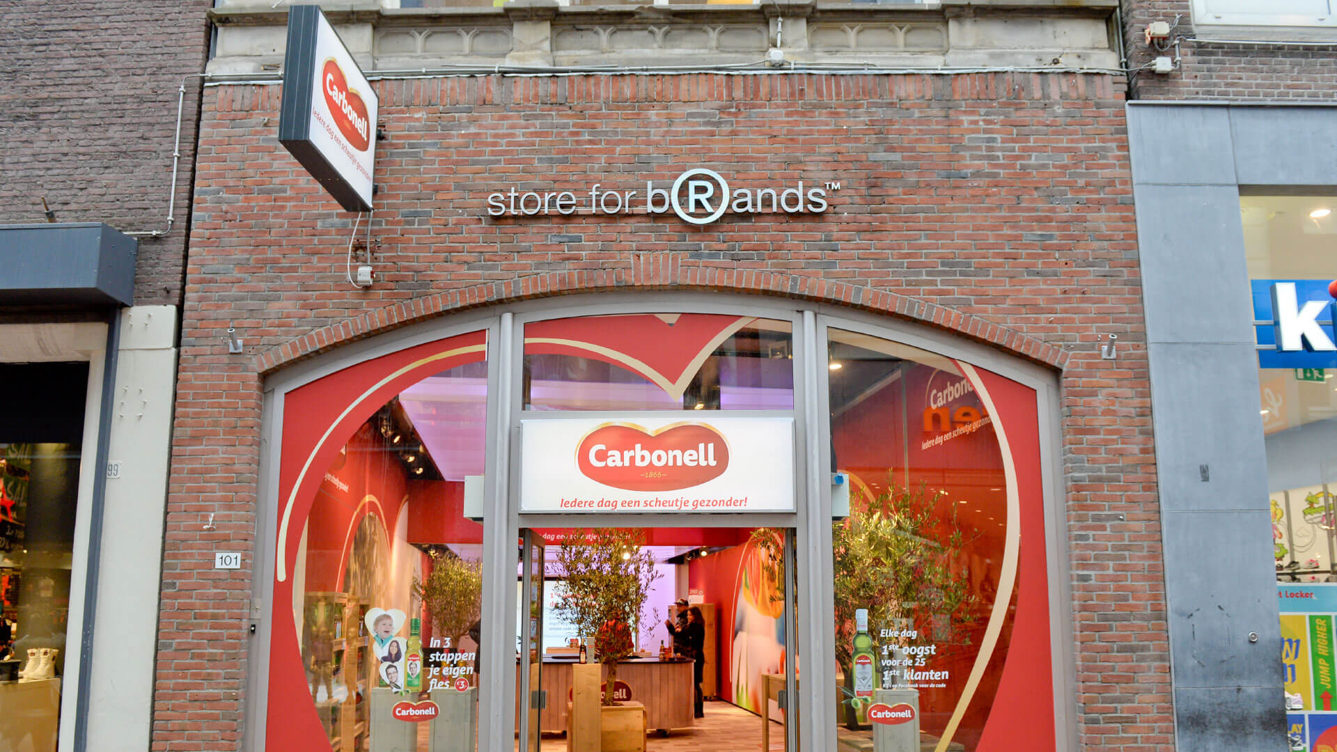 Carbonell Olys Pop-up Store Kalverstraat